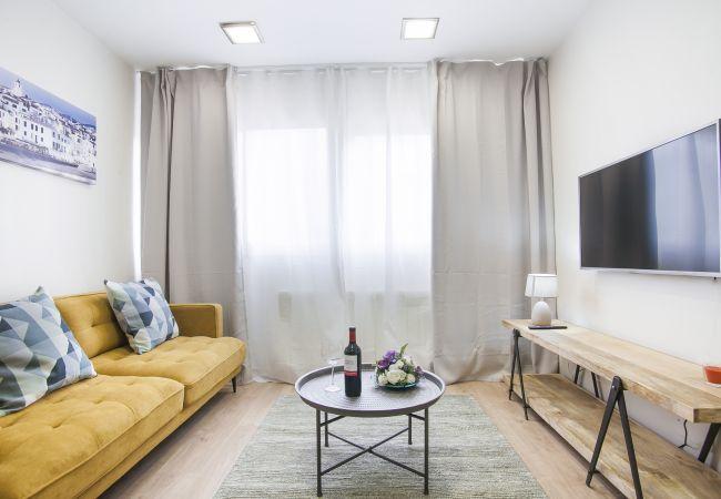 Apartamento en Sant Adria de Besós - Forum 2 Apartment